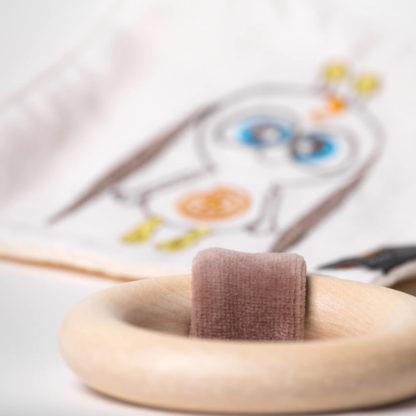 Doudou sensoriel BOON'a avec anneau de dentition