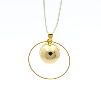 Bola Or Saturne